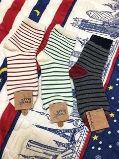 韓國帶回條紋襪子