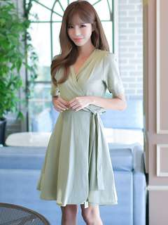 Casual: Green Summer Tying Waist V-Neck Flouncing Dress (S / M / L / XL) - OA/MKD041560