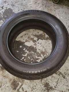 Tyre 235/65R18