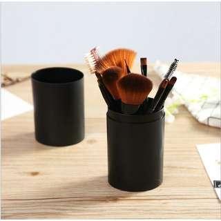 Black Brush 12 Set + Case
