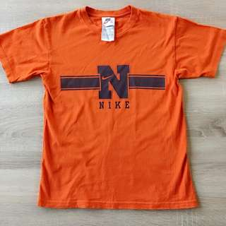 二手 Nike橘色短袖上衣 M號