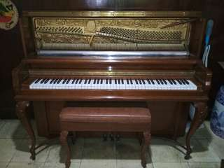 Wagner Model 120 Upright Piano