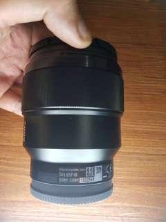 Lensa Sony FE 85mm f1.8