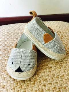H&M baby shoes size 14 -15