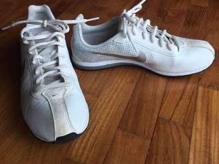 Nike Walking Shoes - white and silver