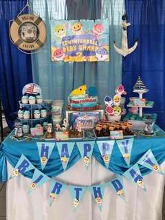 Backdrop & cake table Baby Shark Party