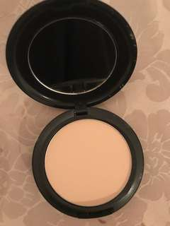 Mac Nc15 studio fix powder