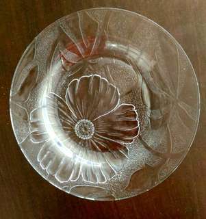 "9"" Floral Clear Glass Plate"