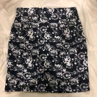 co navy blue white floral bandage skirt