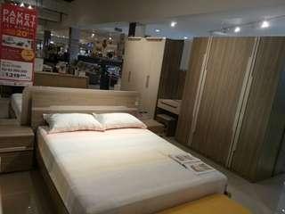 Bed set weels bisa di kredit
