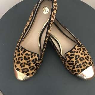 Zu leopard ballet flats 6.5