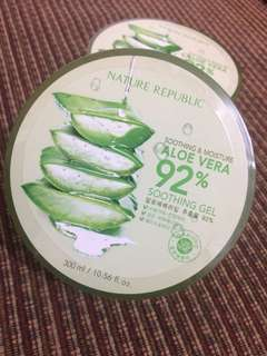 ALOE VERA SOOTHING GEL 92% by Nature Republic