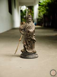DC016 Brass Guan Gong statue