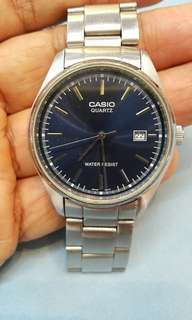 95%new CASIO 大裝 日曆 三針 手錶(see settlement location frist)
