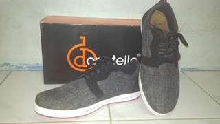 Sepatu sneakers cowok Donatello