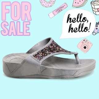 Khoee Betty Women's Slides Flat Slippers Sandals (Grey)