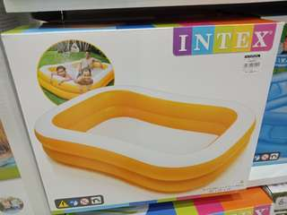 INTEX INFLATIBLE SWIMMING POOL