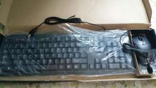 Selling computer keyboard with mouse
