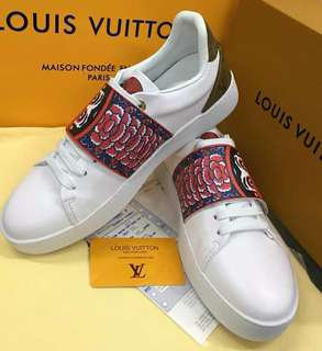 LV Shoes for Him