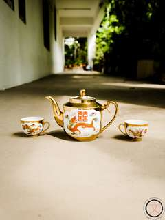 DC025 Double Happiness Chinese wedding teapot