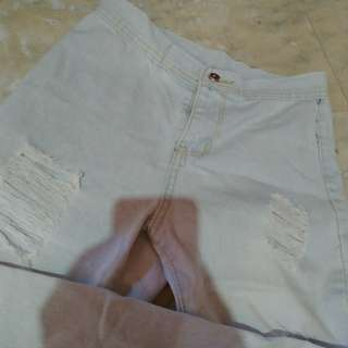 Highwaist ripped pants
