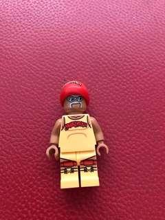 Hulk hogan LEGO figure