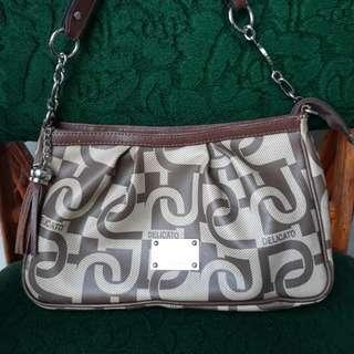 Delicato original handbag