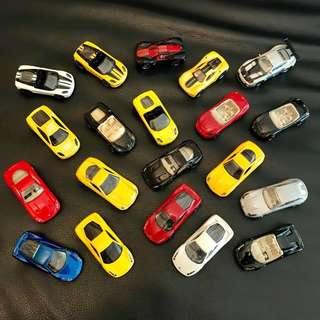 Hot Wheels 1:64 Ferrari cars assorted