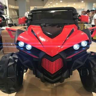💋BIG RED CAR          588 hummer        W/usb/mp3/remote/Spring shock absorbers/       Air conditioning fan/Swing . 1-8y/0 pd      8800php.       #MXC