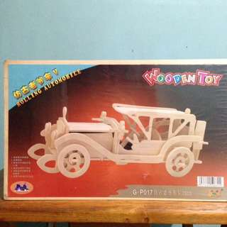 Wooden Toy Assembly-Rolling Automobile