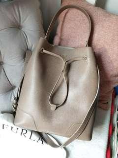 Furla 31cm bucket Bag