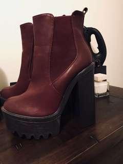 Size 9 platform boots