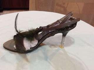 羽毛面高踭涼鞋