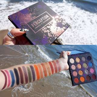 let me know if anyone wants items from colourpop on 28th at 4am