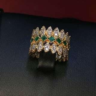小眾復古風祖母綠鑲鑽18K金戒指