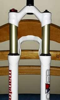 Manitou Tower Pro 29er Fork