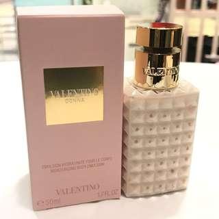 Valentino Donna Moisturizing Body Emulsion 50ml