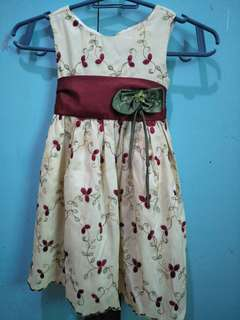 Sweet heart rose embroidered dress for kids