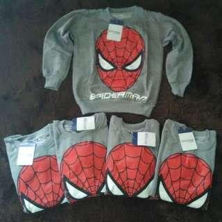 Sweater spiderman