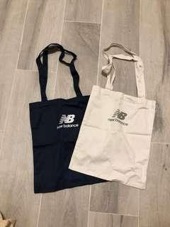 New Balance 藍與白 雙面logo Tote Bag 布袋