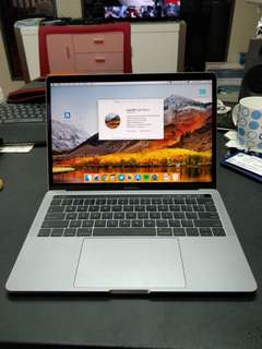 Macbook Pro 13 with Touch Bar (2016)