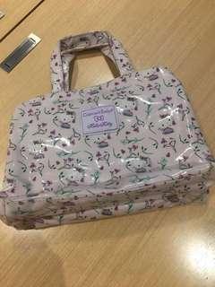 Crabtree 旅行手提袋