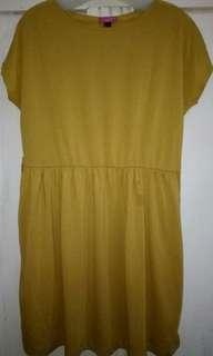 Dress (Sophie Martin)
