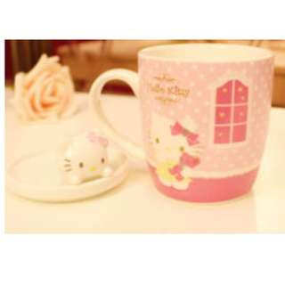 Hello kitty Glass Mug with Cover ( instock )