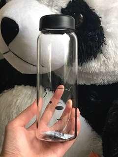 Botol minum We Bare Bears
