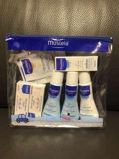 Mustela 沐浴護膚套裝