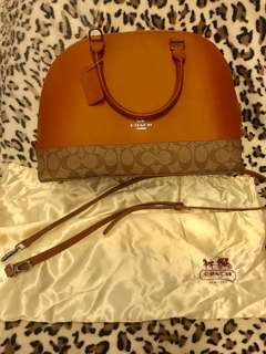 Coach bag (authentic quality) (2 way, sling and hand bag) with dustbag and authenticity card/care card