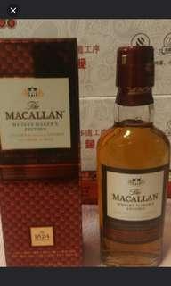 麥卡倫威士忌酒辦50mI連盒。
