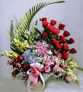 Bunga rangkaian anniversary - ulang tahun - birthday - congratulatio  - get well soon - pembukaan toko baru - kado