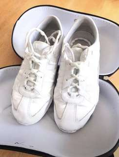 Nfinity cheerleading shoes - Evolution Aus size 7.5